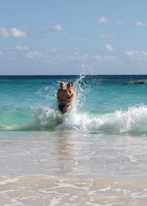 bermuda_wave